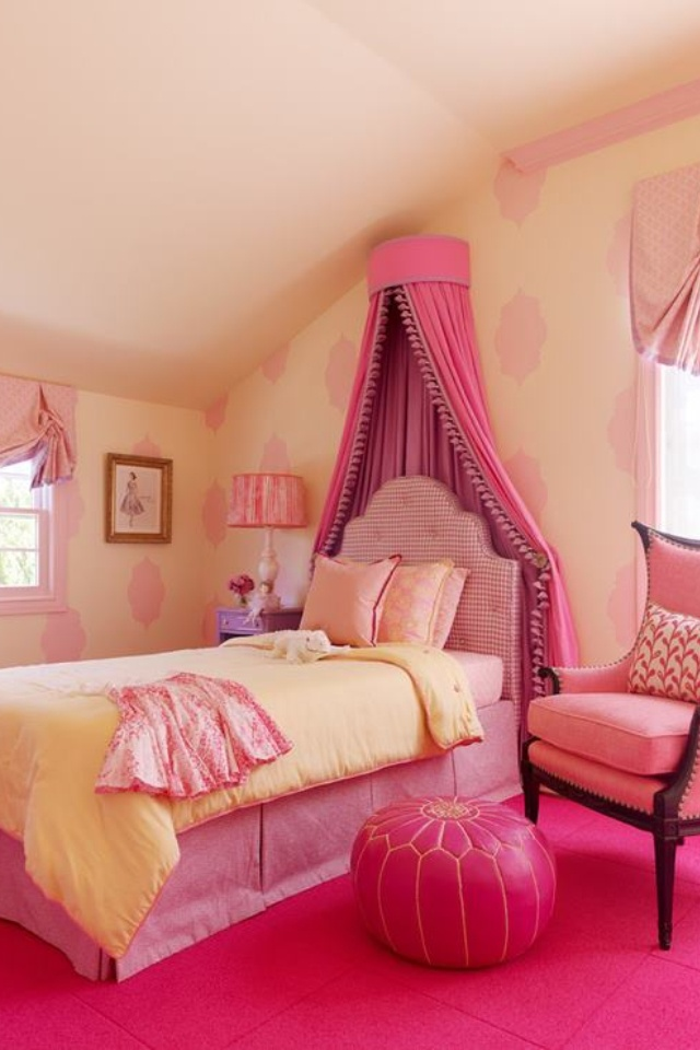 teen pink bedroom pink bed crown shabby chic chic cottage 13495