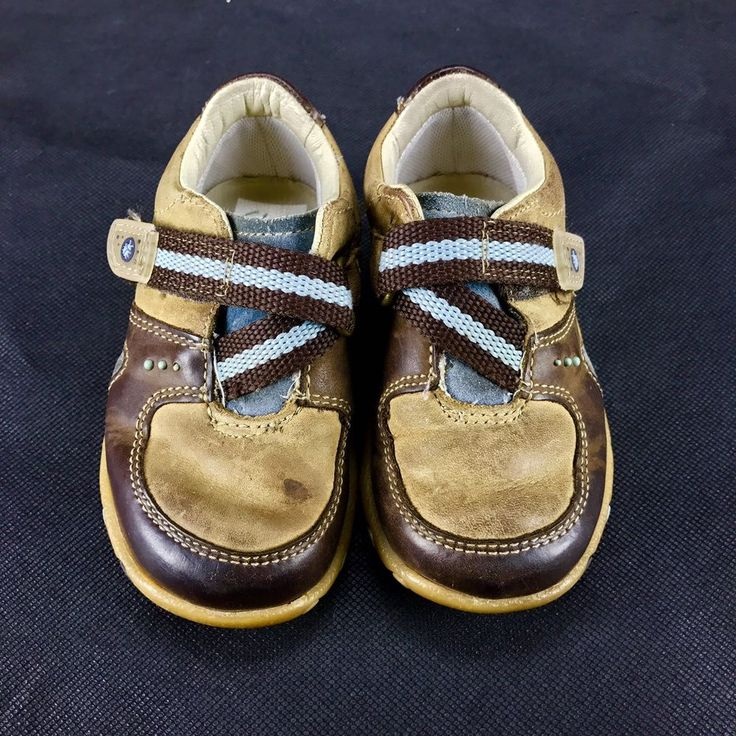 Clarks boys my First Shoes size 5h brown & blue with bugs on sole infant toddler