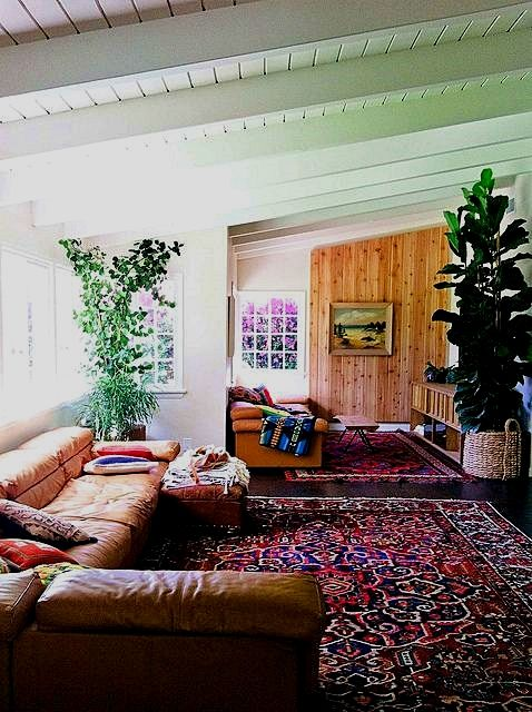Redecorate My Living Room: Living Room Decor Guide, Wallpaper Simply A Section Of