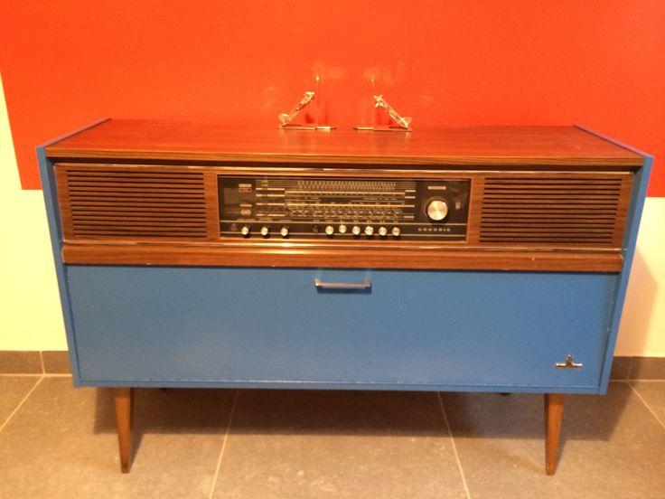 Meubles radios for Meuble pour tourne disque