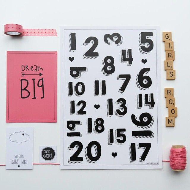 Inspiratie voor op de meidenkamer! Hang de unieke posters Dream Big & Cijfers op! Te koop in de webshop van Studio Catootje.