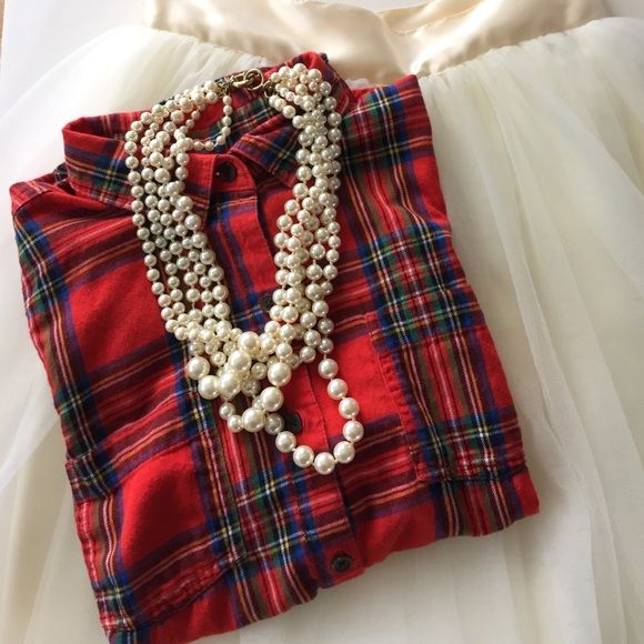 Old Navy flannel Classic red Stewart tartan flannel shirt. Perfect with a tulle skirt and pearls. Worn once Old Navy Tops Button Down Shirts