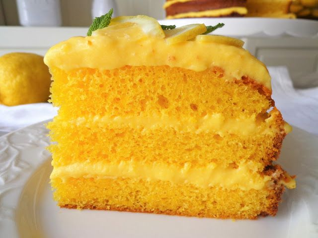 Cytrynowy tort z limoncello (Torta al limone e limoncello)
