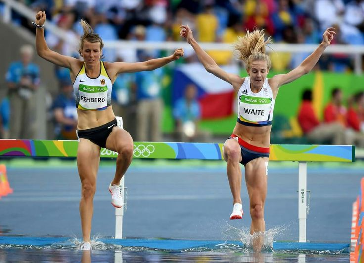 RIO DE JANEIRO, BRAZIL - AUGUST 13: Maya Rehberg of Germany and Lennie Waite of Great Britain competes during the Women's 3000m Steeplechase Round 1 on Day 8 of the Rio 2016 Olympic Games at the Olympic Stadium on August 13, 2016 in Rio de Janeiro, Brazil. (Photo by Shaun Botterill/Getty Images)