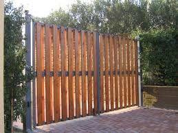Risultati immagini per cancelli in legno home idea - Cancelli in legno per giardino ...