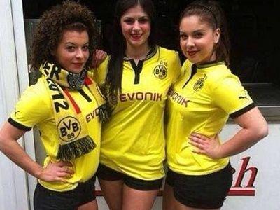 Prediksi Skor Bola Chemnitzer vs Dortmund DFB Pokal, Pekan ini final DFB Pokal akan menampilkan pertandingan antara Chemnitzer melawan Dortmund yang akan berlangsung pada hari Minggu 09 Agustus 2015 pada pukul 19.30 WIB.