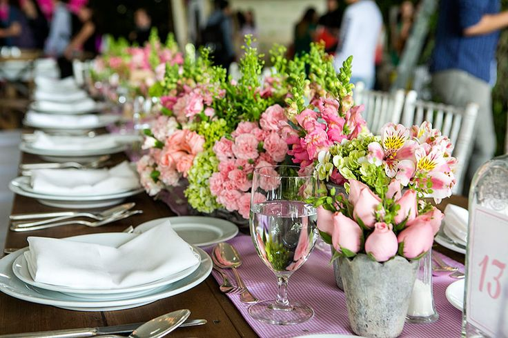 Glamour Picnic Day. Photographed by Eduardo Cisneros. Glammed up picnic features white linens and china, classic silver, and loads of gorgeous fresh pinks and greens in the floral centerpieces. Party and Wedding Decor http://pinterest.com/wineinajug/party-wedding-decor/