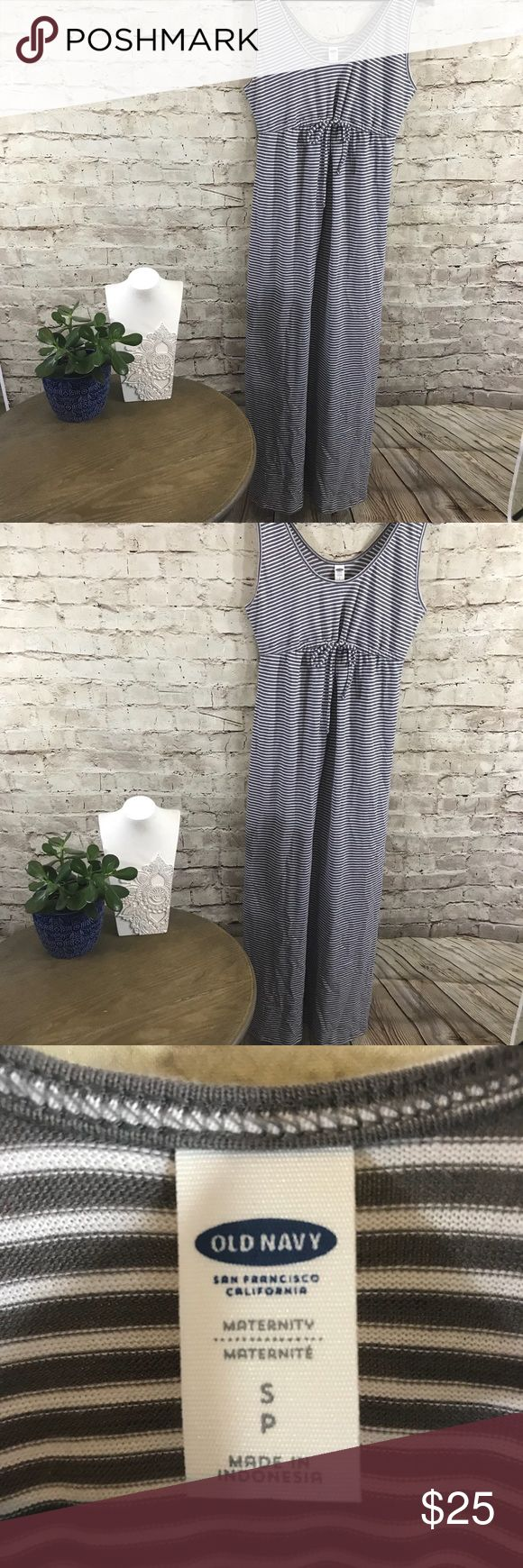 Maxi striped maternity dress NWOT amazing maxi gray and white stripes , long maternity dress, size small Old Navy Dresses Maxi