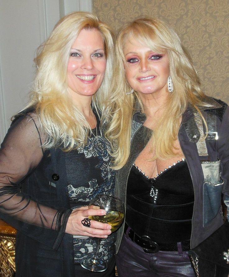 #Bonnie Tyler #PamMcbeth  http://www.pammacbeth.com/wp-content/uploads/2013/04/DSCN1968-Copy-e1366315708500.jpg