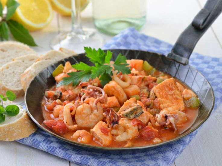 Seafood Bouillabaisse http://www.prevention.com/food/healthy-recipes/comforting-stews-and-soups-that-satisfy/seafood-bouillabaisse