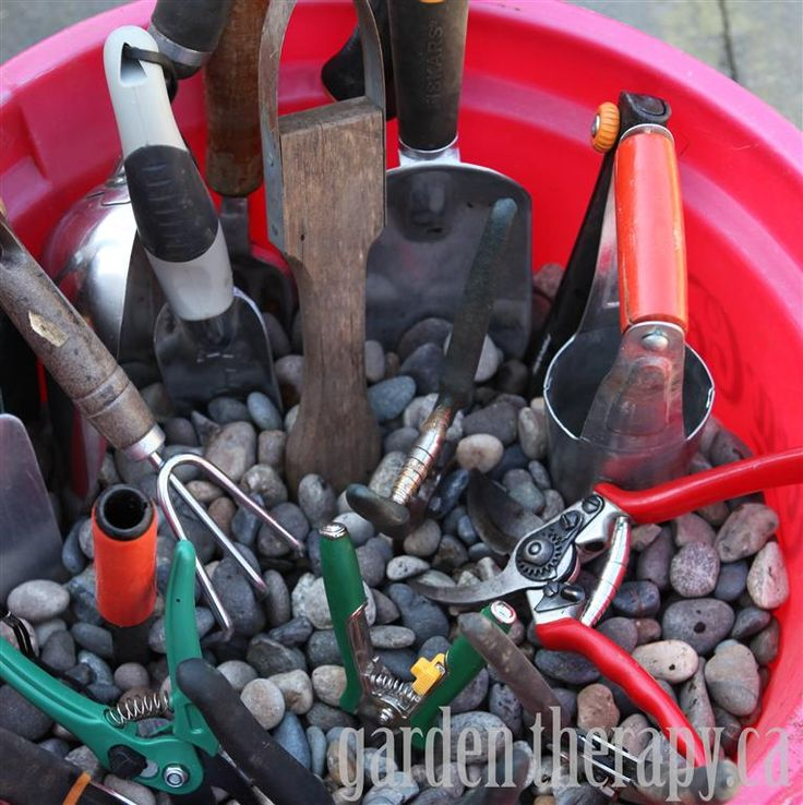How to Store your Garden Tools ~ Garden Therapy