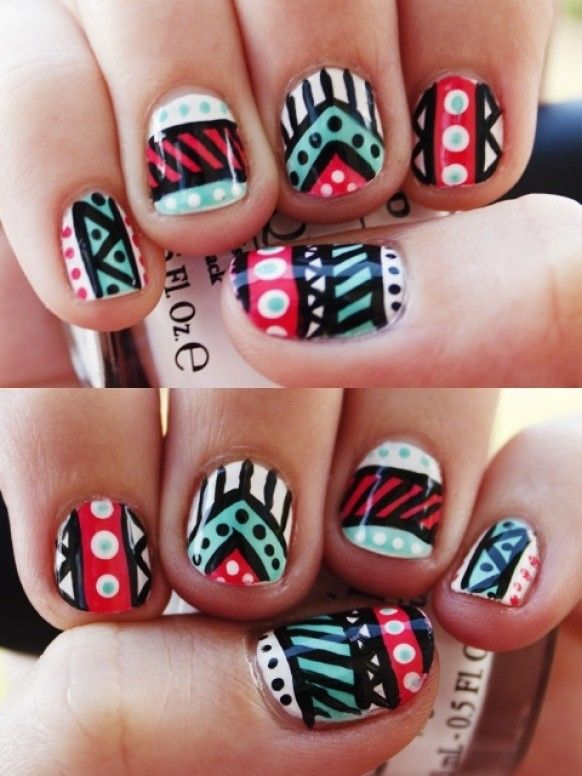 Aztec finger nails - i really like this, especially on the short nails