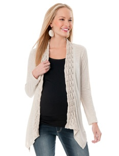 Great Fall #Maternity Clothes- See more here- http://momandbabybeautiful.com/fashion-fall-maternity-essentials-the-cardigan/
