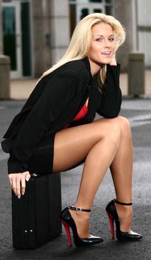 High nude heels wearing girl