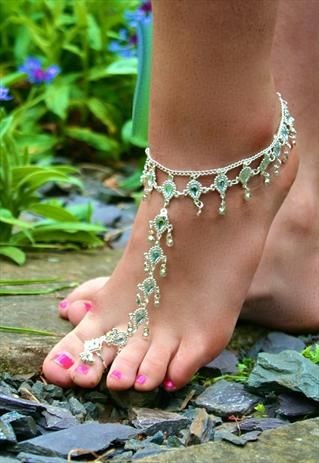 For your beach wedding,Beautiful+Silver+Diamante+Toe+Anklet