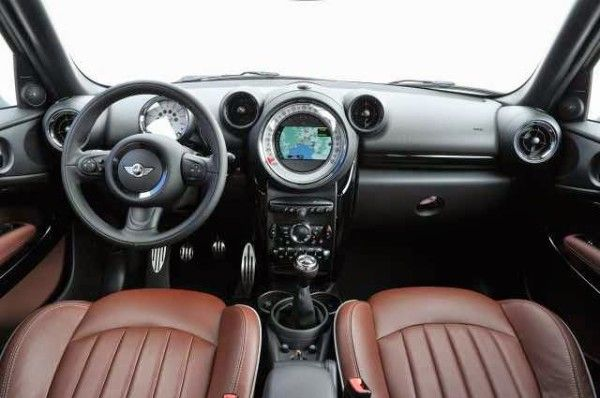 2015 Mini Paceman dashboard