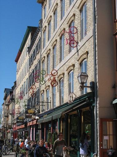 Québec : Fantaisie de la ville-basse