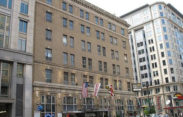 Wasigton DC hotel harrington simpel hotel near the mall