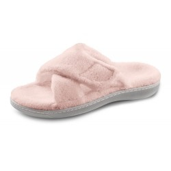 A fuzzy slipper with arch support?  Yes please.