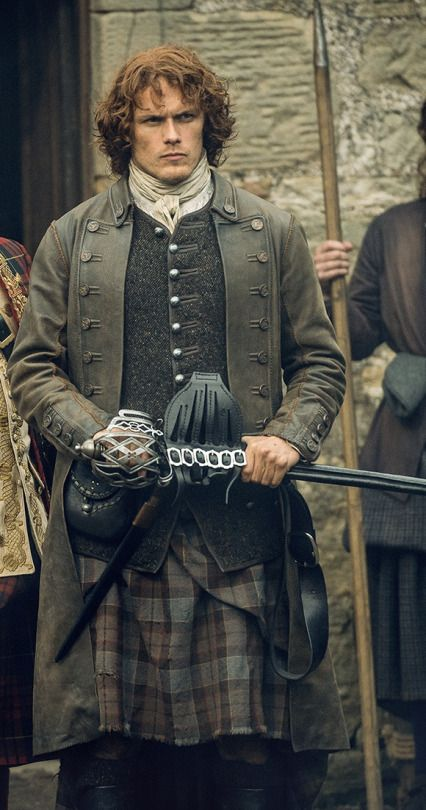 Sam Hueghan as Jamie Fraser in Outlander