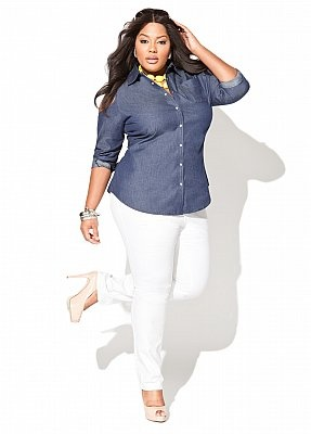 Have white pants and similar denim shirt. Never thought to put them together!