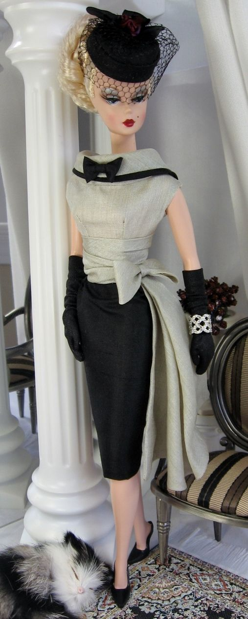Barbie in black and white - As if I didn't already have enough MM sewing projects I want to tackle, now Barbie's giving me these amazing outfit ideas!! Haha