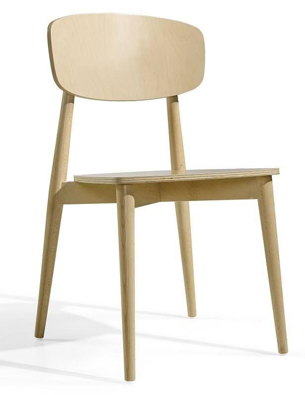 Sally+Spisestuestol+-+Lyst+tre++-+Stilren+og+elegant+spisestol+fra+Temahome.+Spisestuestolen+er+av+massiv+ask+med+en+finish+med+eik,+hvilket+gir+stolen+en+nordisk+stil.+Stolen+selges+kun+i+sett+med+2+stk.