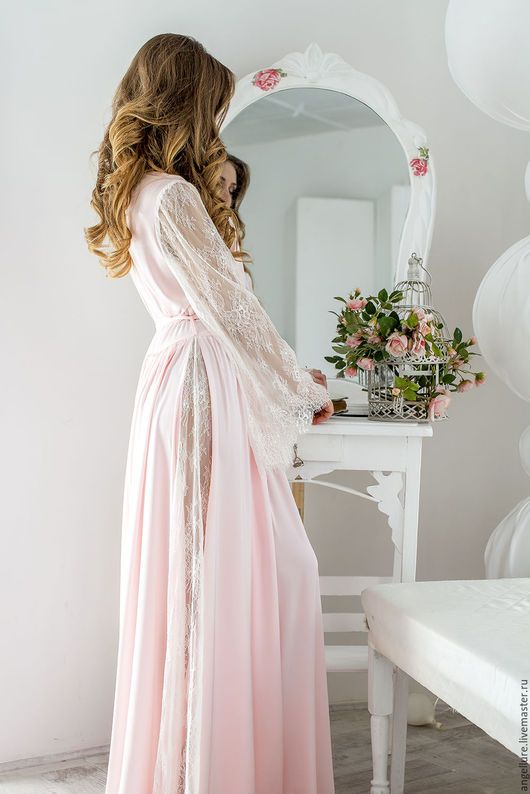 Халаты ручной работы. Заказать Халат для невесты с рукавами из кружева шантильи Annie 1622R. Angellure. Ярмарка Мастеров. Халат для невесты