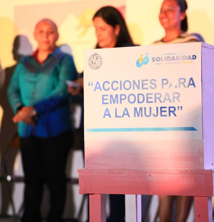 """Playa del Carmen, Solidaridad a 24 de julio de 2017.– El Gobierno de Solidaridad, encabezado por la Presidenta Municipal, Cristina Torres Gómez, reforzó las políticas públicas de atención a la mujer, con el programa """"No estás sola"""", el cual se suma a las actividades que se llevan a cabo en materia de prevención y atención…"""