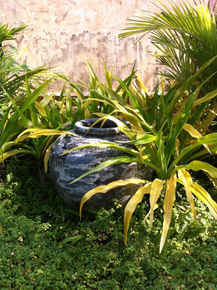 Venkovní váza s patinou