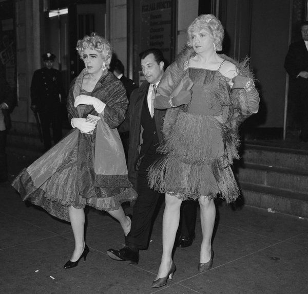 stonewall riots photos | Old Photos of Stonewall Riots, June 28, 1969 (and following days)