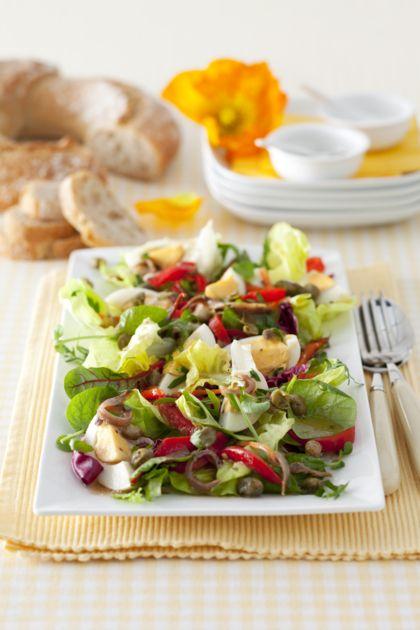 Recept voor Spaanse salade met ei en ansjovisdressing