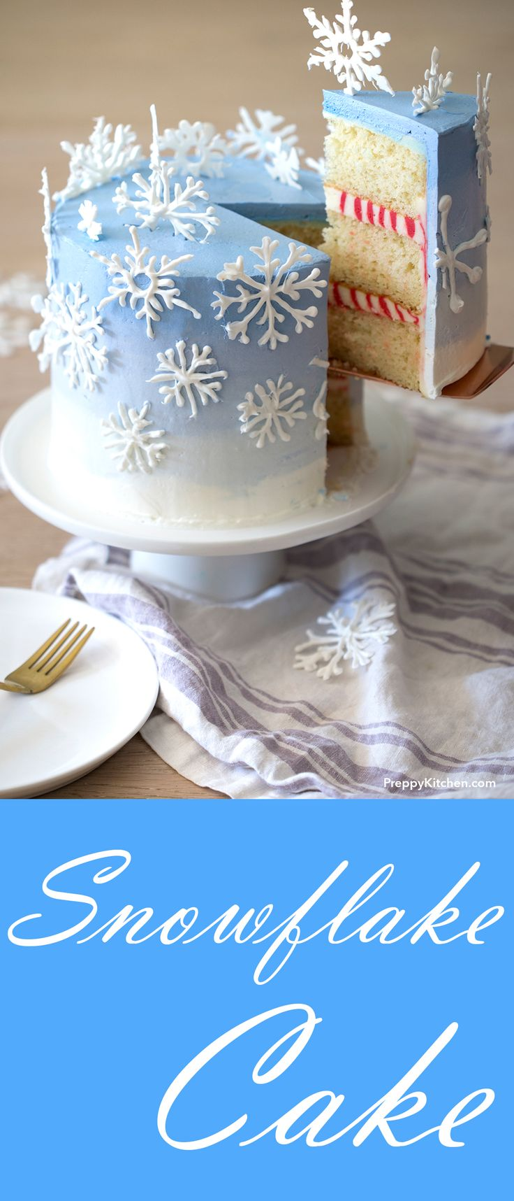 This gorgeous snowflake cake has a peppermint cream filling, and it's sooooo cute!! I love it!