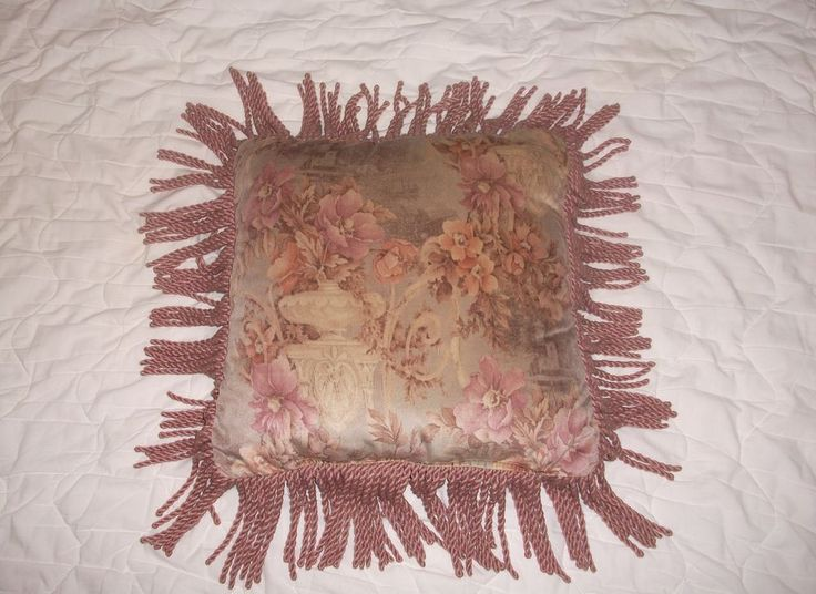 """VTG Victorian DAMASK Bed Sofa Chair PILLOW Cushion 18"""" Fringe Shabby Chic French #Unbranded #BaroqueRococoStyleFrenchCountryRomantique"""