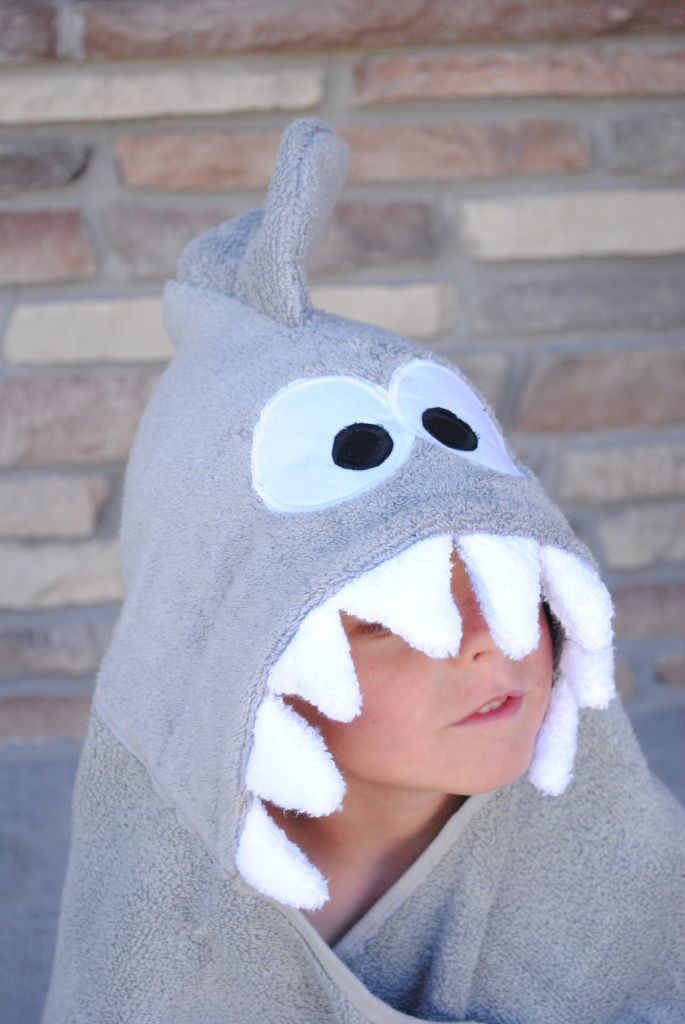 Shark Hooded Towel Tutorial with crazylittleprojects.com #sewing #sharkweek2013
