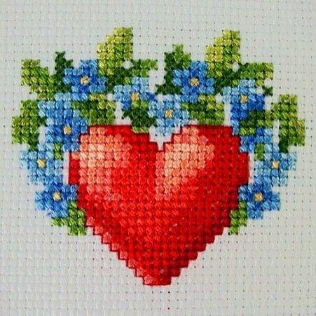 Günaydın. Merhaba Çarşamba. Sevgililer gününüz kutlu olsun... Good Morning. Hello Wednesday. Happy Valentine's Day... #crossstitch #çarpıişi #puntodecruz #pointdecroix #puntocroce #etamin #etaminişleme #kaneviçe #kreuzstitch #korssting #korsstygn #kanaviçe #çaprazdikiş #karesayma #karekareişle #kanava #işleme #embroidery #igcrossstitch #instacrossstitch #valentinesday #sevgililergünü