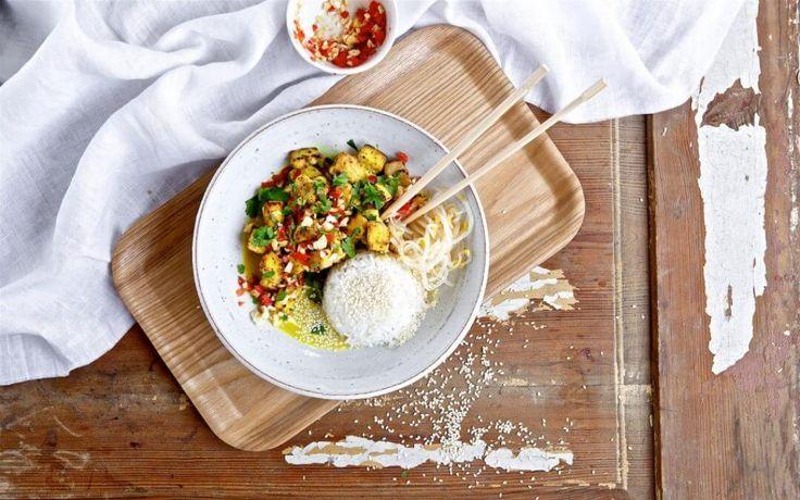 Curry is een heerlijk gerecht waarbij je ontzettend veel smaakcombinaties kan maken. Mix de curry's met verschillende groentes, kruiden en vleesvervangers!