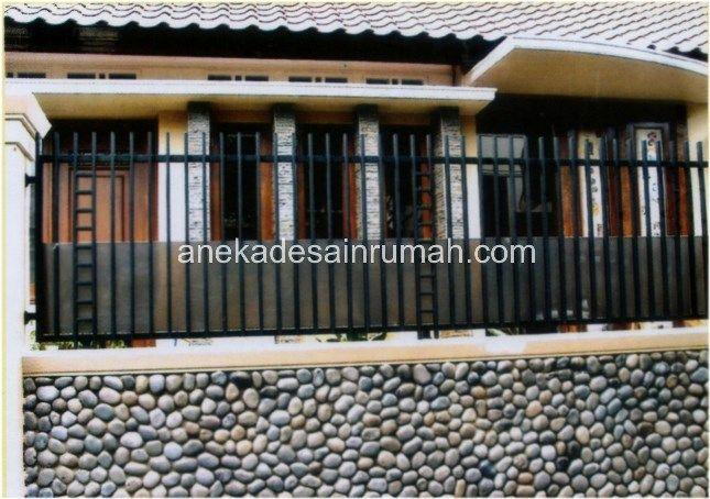 Jika Anda sedang berencana membuat pintu atau pagar besi untuk rumah dan kesulitan menentukan model dan desainnya, silakan cek galeri desain pagar dan pintu besi minimalis modern dan konvensional y...