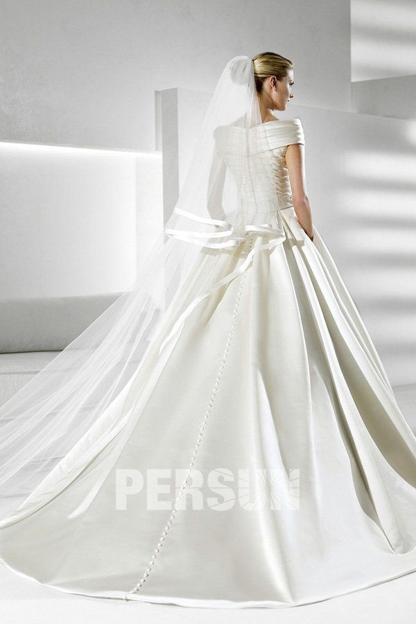 V-neck Satin Ball Gown Wedding Dress application