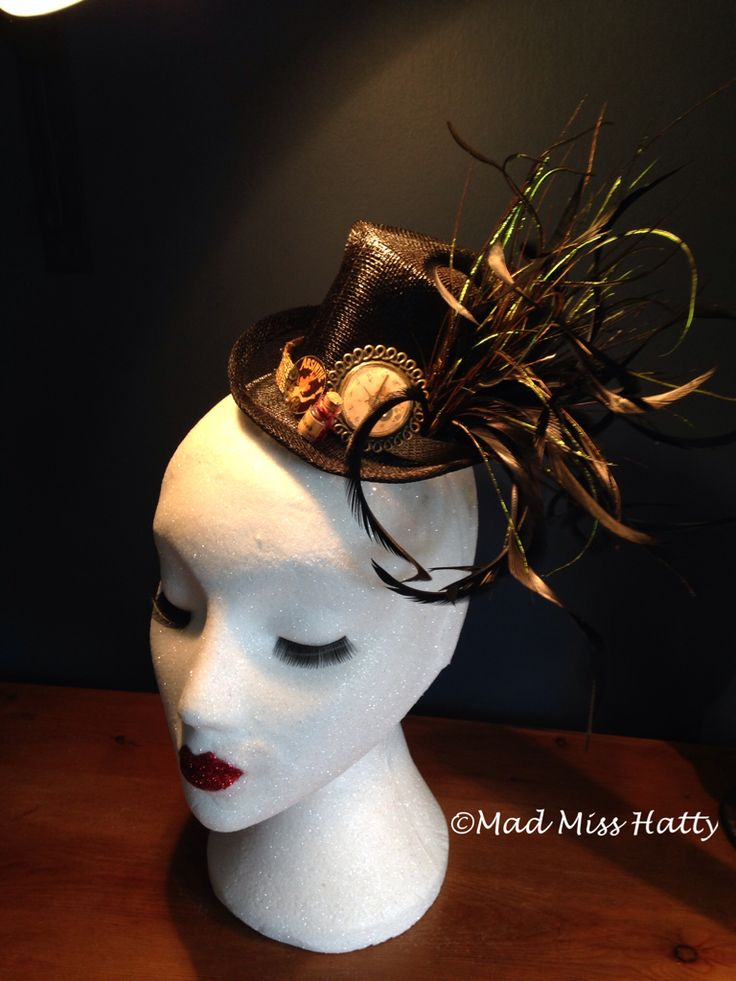Absinthe Top Hat Fascinator by Mad Miss Hatty, perfect for Halloween ❤️