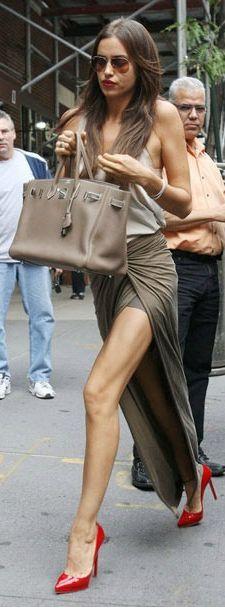 great legs Seguici diventa nostra fan ed entrerai nel mondo fantastico del Glamour !!!  Shoe shoes scarpe bags bag borse fashion chic luxury street style moda donna moda uomo wedding planner  hair man Hair woman  outfit