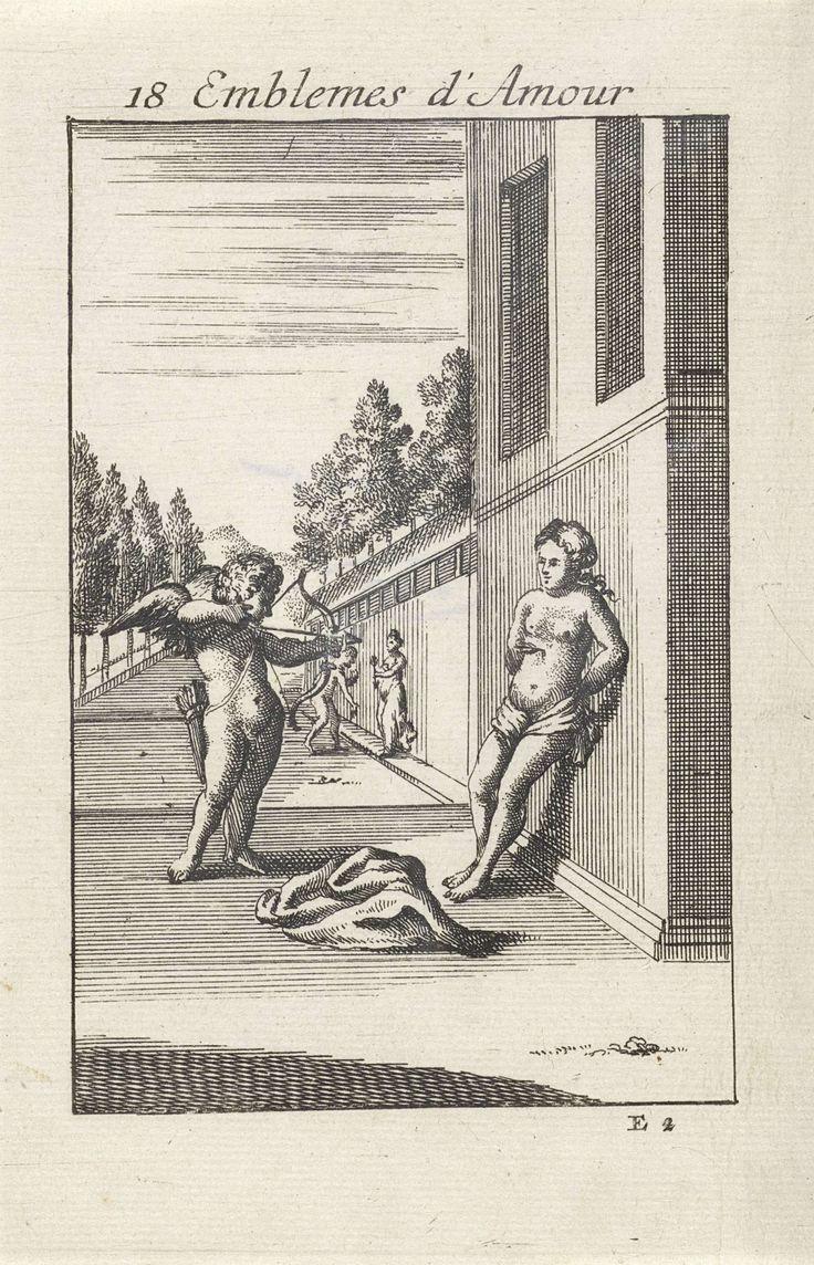 Jan van Vianen | Amor vuurt een pijl af op een vrouw, Jan van Vianen, 1686 | Amor heeft zijn pijl en boog gericht op de borst van een vrouw, die tegen een muur staat. Het hart is het doel van de liefde. Achttiende embleem uit Emblemata Amatoria.