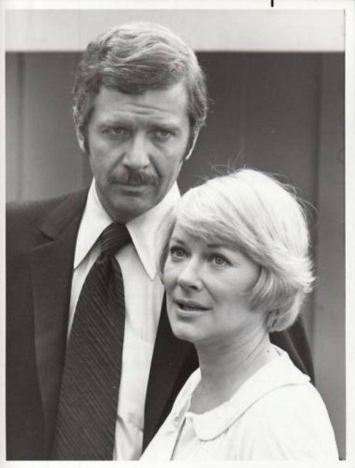 Robert Reed and Hope Lange, The Secret Night Caller (TV Movie 1975)
