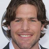Mike Fisher ---- JUNE 5, 1980 ---- MARRIED TO CARRIE UNDERWOOD