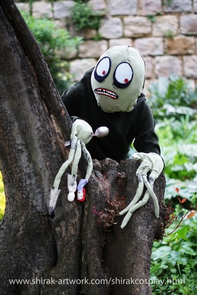 Salad Fingers costume. creepiest thing ever hahahaha