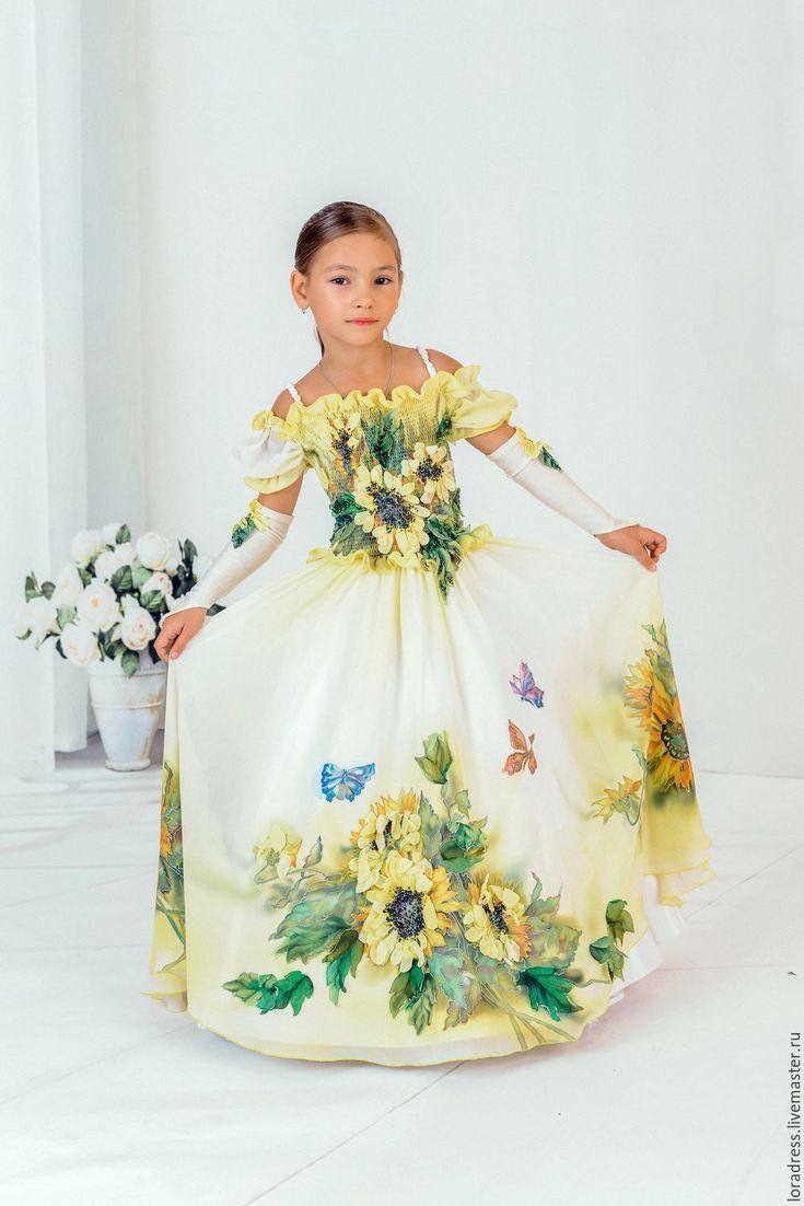 Amazingly Beautiful Girls' Dress / Подсолнух - желтый, пышное платье, нарядное платье, батик платье, одежда для девочки