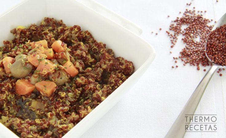 La quinua con champiñones y alga es un plato fácil de preparar y una auténtica receta anticáncer apta para veganos.