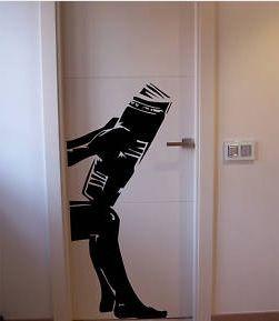 vinilo para puerta aseo