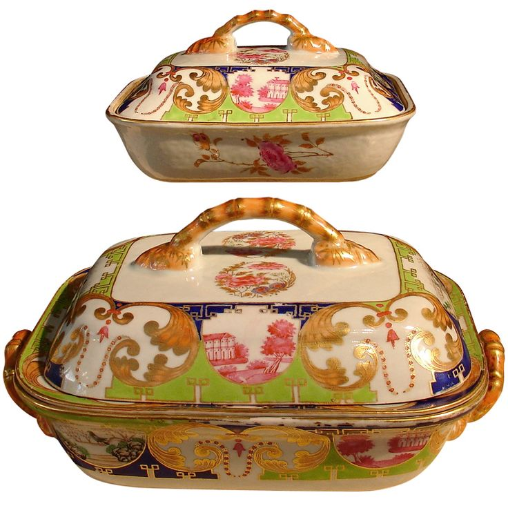 "Two Chinese Export ""Pompadour"" Pattern Covered Tureens 