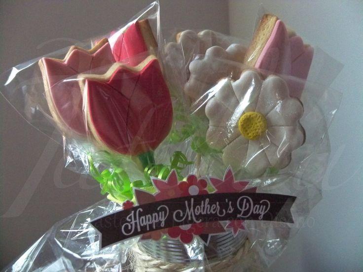 Tulipanes y margaritas en galletas